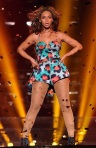 Beyonce-Performs-Grown-Woman-in-Paris-Wearing-Kenzo-Spring-20131